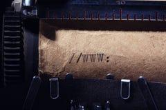 Uitstekende inschrijving die door schrijfmachine wordt gemaakt Stock Foto