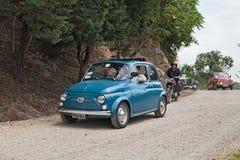 Uitstekende Italiaanse auto Fiat 500 Stock Foto's