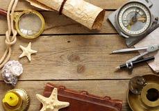 Uitstekende kaart, meer magnifier kompas, royalty-vrije stock afbeeldingen
