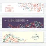Uitstekende kaarten met bloempatronen en bloemen Royalty-vrije Stock Afbeelding