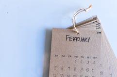 Uitstekende kalender 2017 met de hand gemaakt op witte achtergrond Stock Foto's