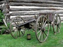 Uitstekende kanon en caisson Stock Afbeeldingen