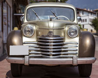Uitstekende Klassieke Auto Stock Afbeelding