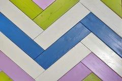 Uitstekende Kleurrijke Houten Oppervlakte met Zig Zag -Patroonachtergrond T Royalty-vrije Stock Fotografie