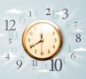 Uitstekende klok met aantallen aan de kant Stock Afbeelding