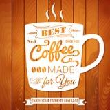 Uitstekende koffieaffiche op een lichte houten achtergrond Stock Foto's