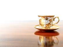 Uitstekende kop van koffie op een houten lijst Stock Fotografie