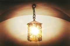 Uitstekende lantaarn Stock Foto's