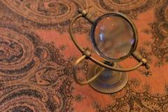 Uitstekende meer magnifier loupe - Selectieve nadruk Royalty-vrije Stock Foto's