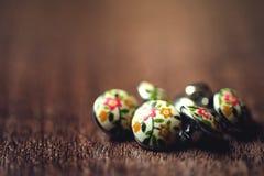 Uitstekende metaalknopen met bloemen op het Royalty-vrije Stock Afbeeldingen