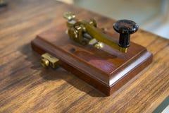 Uitstekende morse-telegraafmachine Stock Afbeeldingen