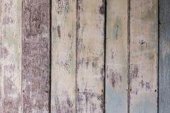 Uitstekende oude sjofele houten geschilderd met gebarsten kleurenachtergrond Royalty-vrije Stock Foto