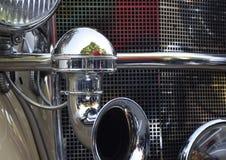 Uitstekende retro auto Royalty-vrije Stock Afbeeldingen