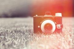 Uitstekende retro camera Stock Foto's