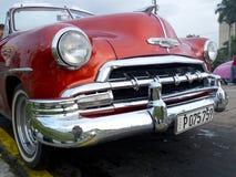 Uitstekende rode auto Stock Fotografie