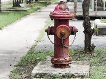Uitstekende Rode Brandkraan stock foto