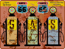 Uitstekende route 66 benzinestationteken royalty-vrije illustratie