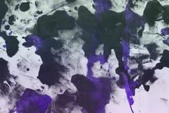 Uitstekende schilderde purple van Nice canvas, willekeurig stof met de vlekken van de kleurenverf en vlekkentextuur voor ontwerpd stock afbeeldingen