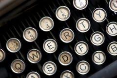 Uitstekende schrijfmachinesleutels stock foto's