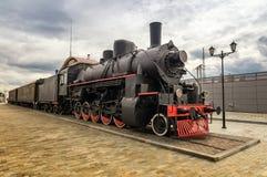 Uitstekende stoomtrein bij de post, Museum, Ekaterinburg, Rusland, Verkhnyaya Pyshma, 05 07 het jaar van 2015 Royalty-vrije Stock Foto's