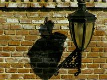 Uitstekende straatlantaarn in sibiu Stock Afbeeldingen