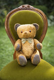Uitstekende teddybeer met vlinderdas Royalty-vrije Stock Fotografie