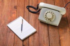 Uitstekende telefoon in het bureau Royalty-vrije Stock Afbeelding