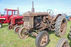 Uitstekende tractoren Stock Afbeelding