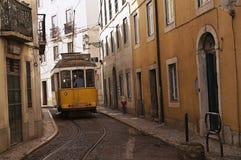 Uitstekende tram in Lissabon, Portugal Royalty-vrije Stock Foto
