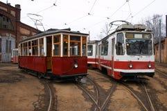 Uitstekende trams in depot Stock Fotografie