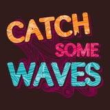 Uitstekende typografische Vangst de golven tempalte royalty-vrije illustratie