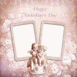 Uitstekende valentijnskaartachtergrond met frames en engelen Stock Fotografie