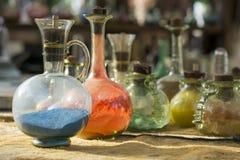 Uitstekende van glasflesjes en flessen alchimie Royalty-vrije Stock Afbeelding