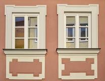 Uitstekende vensters, Bamberg, Duitsland Stock Afbeeldingen