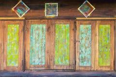 Uitstekende vensters in de stijl van Azië royalty-vrije stock foto
