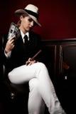 Uitstekende vrouwelijke gangster royalty-vrije stock afbeelding