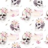 Uitstekende waterverfpatronen met schedel en rozen, wildflowers, Hand getrokken illustratie in bohostijl Bloemenschedel Stock Foto's