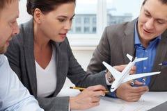 Uitvinding van nieuw vliegtuig stock afbeelding