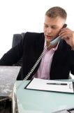 Uitvoerende bezig op telefoon Royalty-vrije Stock Foto