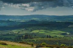 Uitzicht op Engels platteland Stock Afbeeldingen
