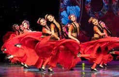 Ujghurzy róż Xinjiang Uygur taniec obraz royalty free