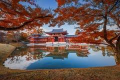 Uji, Kyoto, Japón - famoso Byodo-en el templo budista Foto de archivo libre de regalías