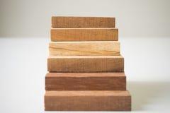 Układać drewnianego bloku sztaplowanie jako kroka schodek Fotografia Royalty Free
