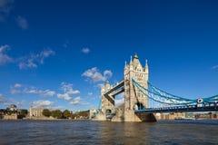 Η διάσημη γέφυρα πύργων στο Λονδίνο, UK Στοκ φωτογραφία με δικαίωμα ελεύθερης χρήσης
