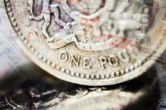 UK en sikt för närbild för pundmynt arkivbild