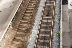 UK-järnväg/järnvägsspår Arkivfoton