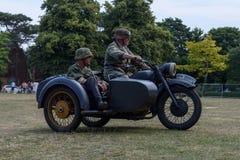 UK-krigsmakt tillbringar veckoslutet berömmar Trowbridge 2018 Wiltshire fotografering för bildbyråer