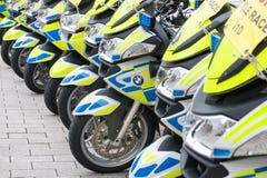 UK-polismotorcyklar Arkivfoto