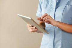 Uk-sjuksköterska royaltyfria bilder