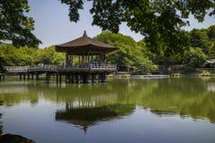 Ukimido-Gazebo-Pavillon auf Sagiike-Teich, Nara Park, Japan stockfotografie